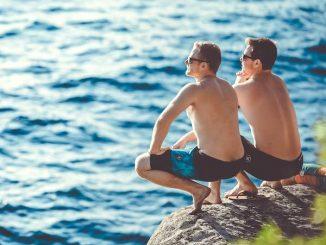 Comment gérer un amour gay de vacances ?